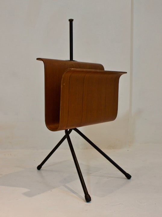 Image of Bent Plywood Magazine Holder on Metal Frame, Italy 1950s