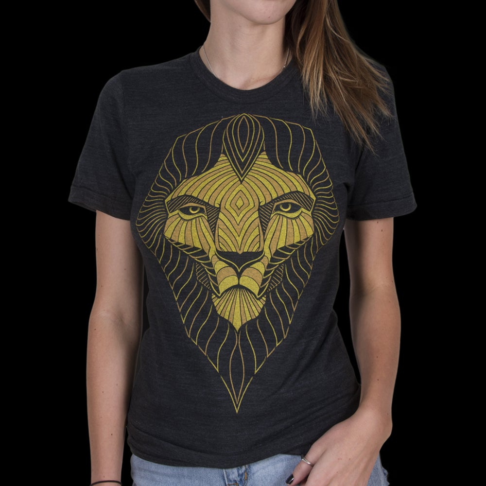 Image of THE LION T-SHIRT