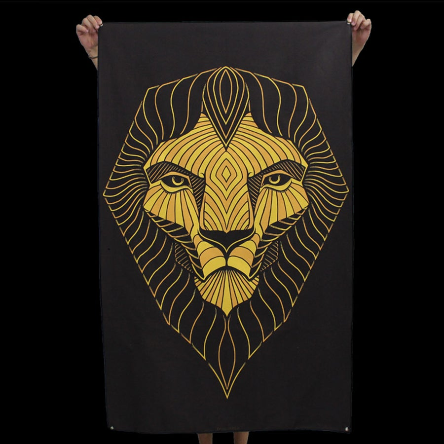 Image of LION TAPESTRY