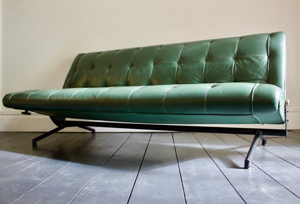 Image of D70 Leather Sofa by Osvaldo Borsani