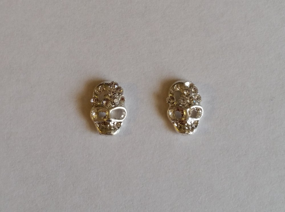 Image of Crystal Skull Charms (2pcs) SILVER 10X7mm