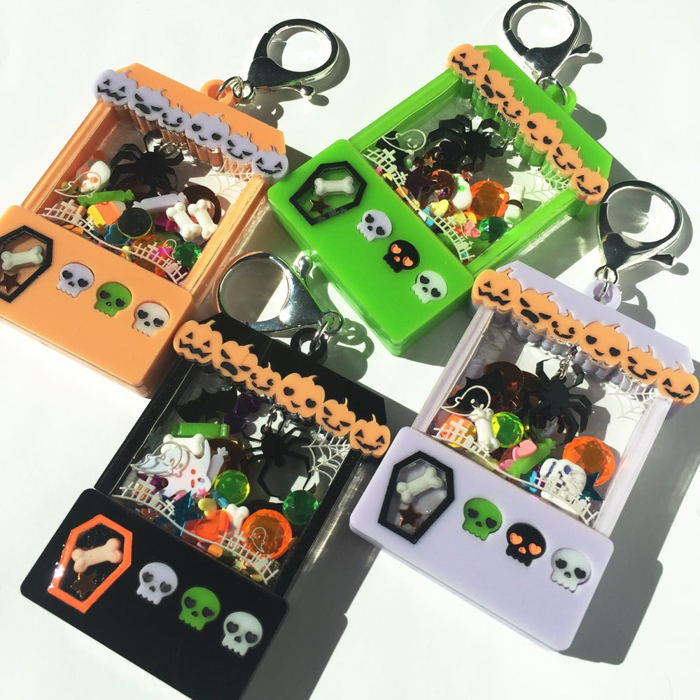 Image of Spooky Cute Halloween Crane Game charm Black