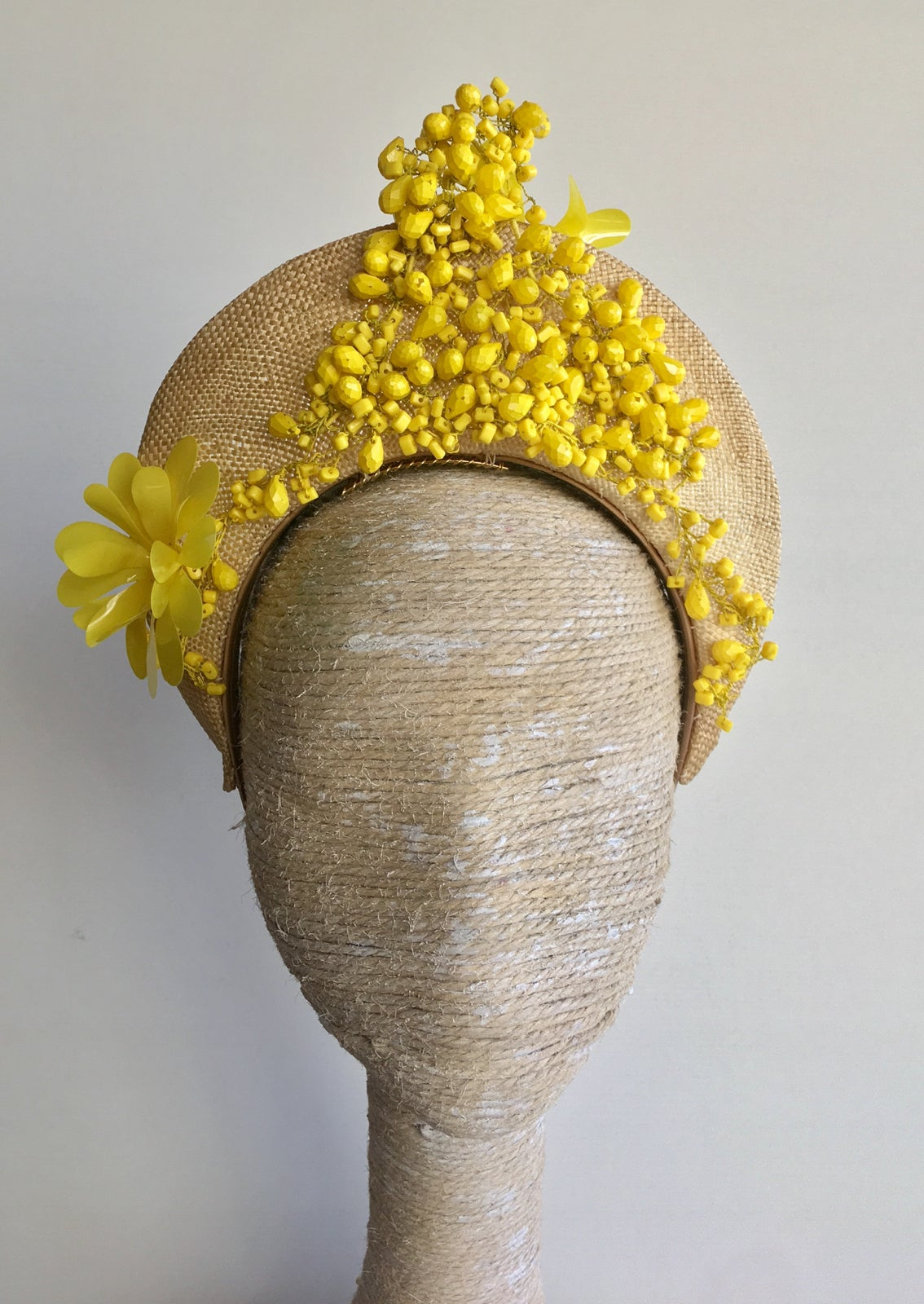 Image of Natural straw w yellow trim