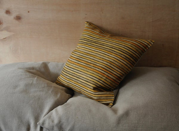 Image of OCHRE/BUFF PRINTED LINEN - natural linen back