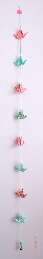 Image of Guirlande petites grues menthe et roses