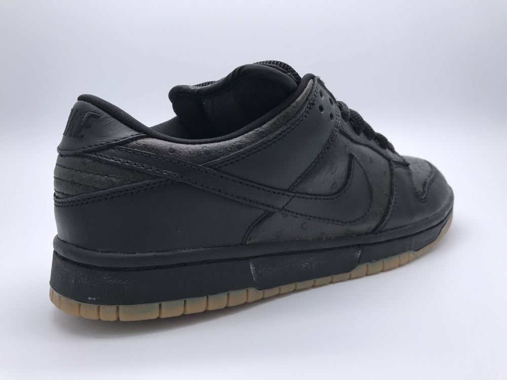 62f77ee5f32 ... Image of NIKE DUNK LOW PRO SB