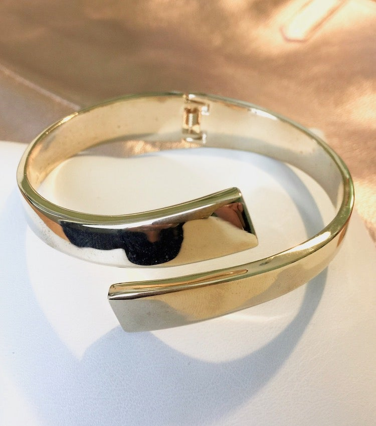 Image of Crossover Bangle Bracelet (More Colors)