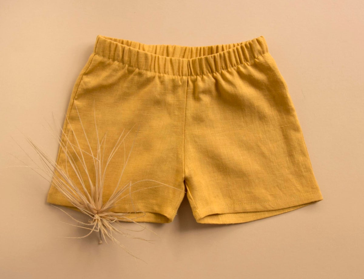 Image of Everyday linen shorts honey and brick