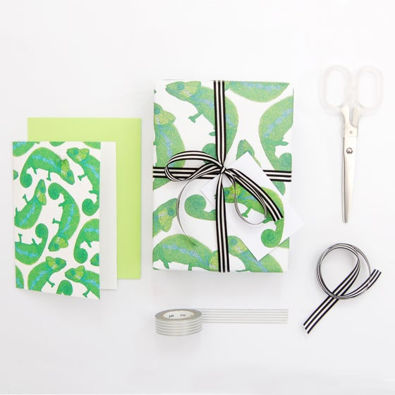 Image of Chameleon Eco Wrapping Paper