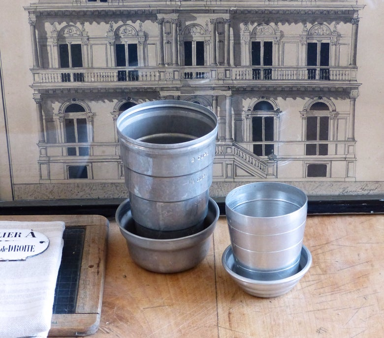 Image of Anciens shakers en aluminium