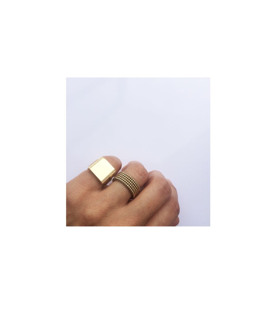 Image of Decor Signet ring