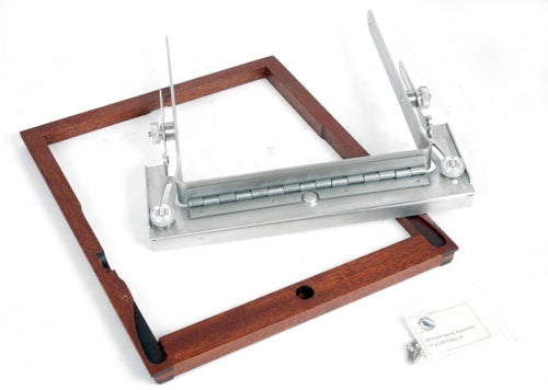 Image of Deardorff V8 Front Swing Assembly with Wooden Frame