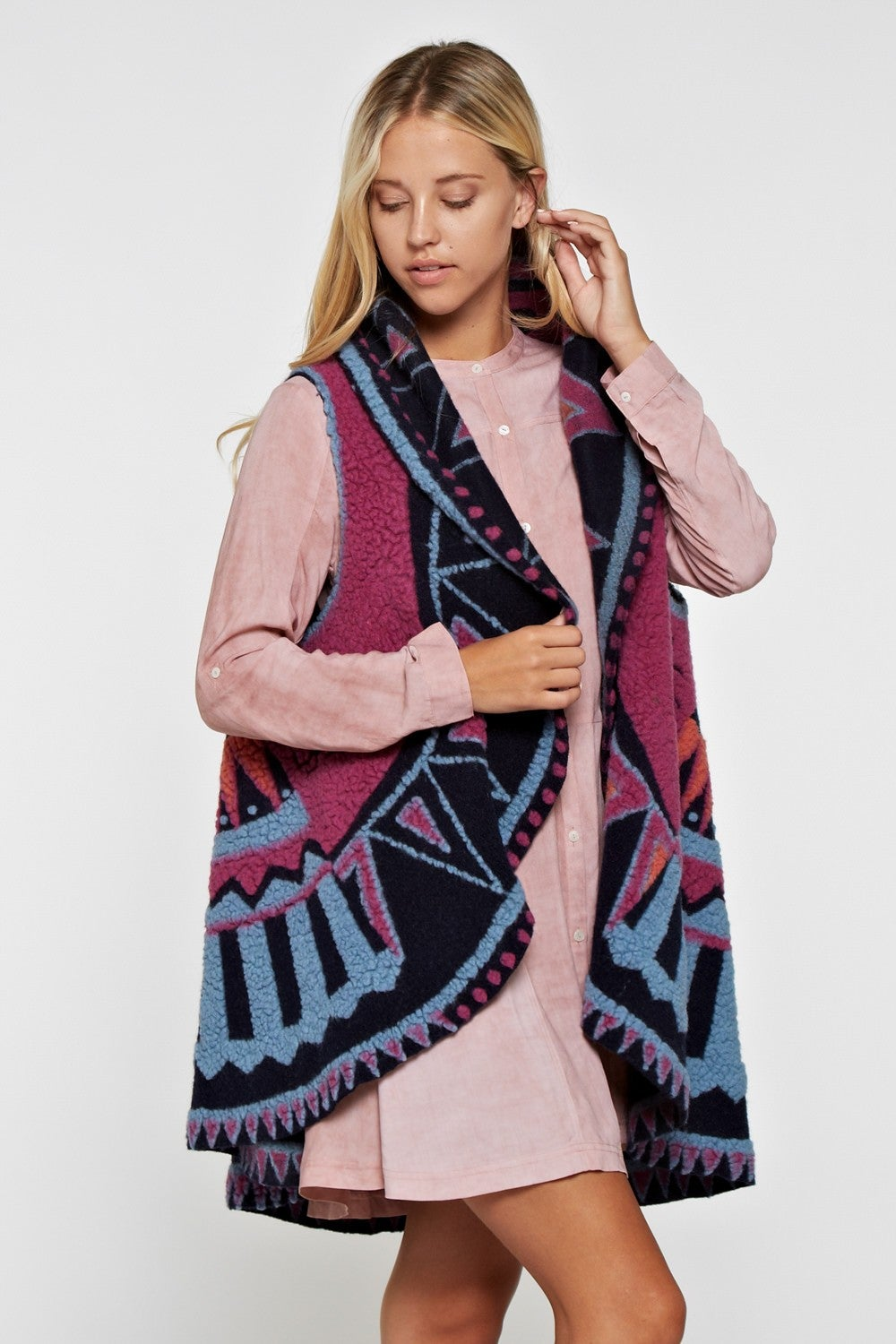 Image of Aztec Circle Shape Sweater Vest Navy/Fuschia