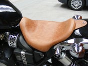 Image of TRIUMPH SPEEDMASTER AMERICA TAN (LIGHT BROWN) LEATHER LOWRIDER SEAT