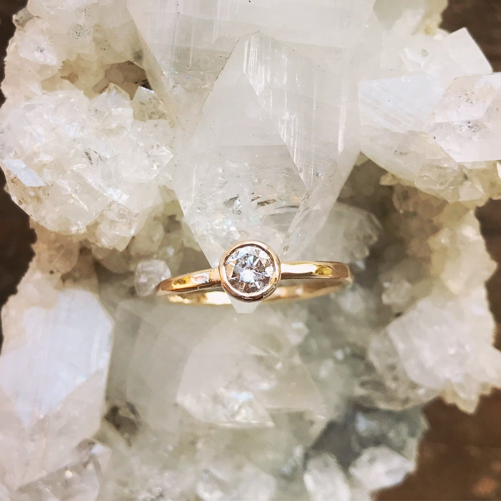 Image of Small Diamond Ring