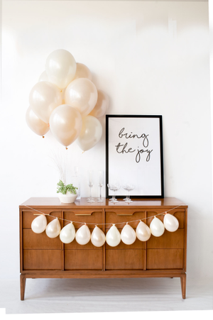 Image of Effervescent - Mini Balloon Garland