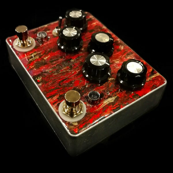 Image of Decompose (Brutal chainsaw distortion) blood red/gold