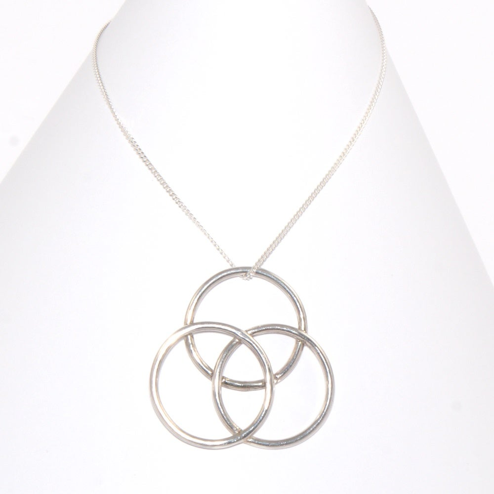 Image of Unity Medium Pendant