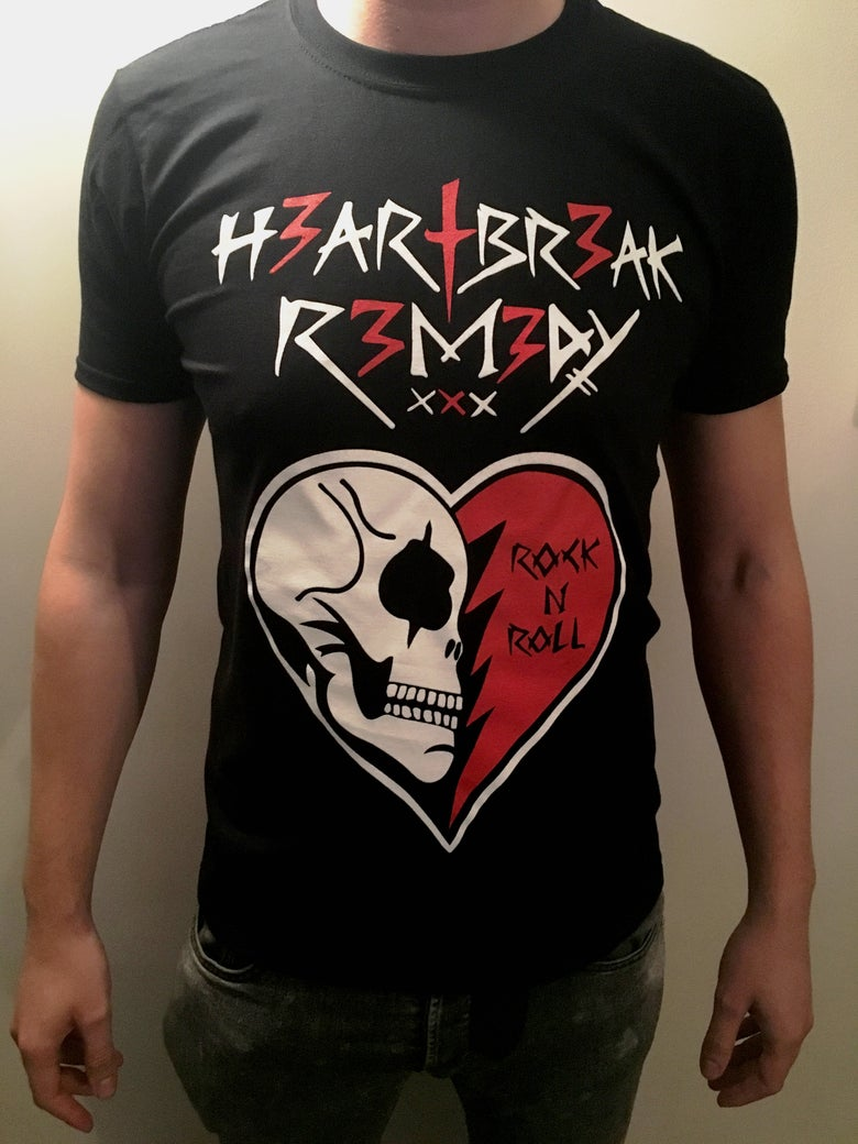 Image of *NEW* HR Skull/Heart Tshirt