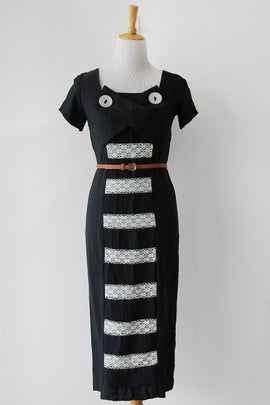 Image of SALE 1950s Cat Eye Peekaboo Lace Wiggle Dress (Orig $75)