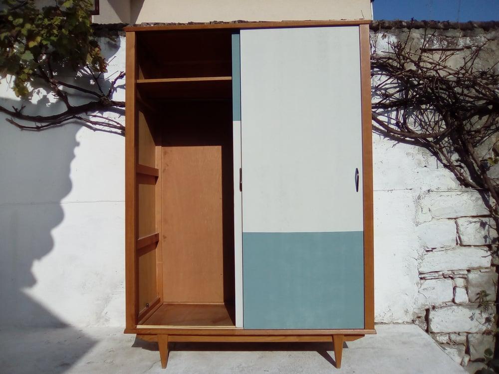 Image of Armoire Vintage décor asymétrique