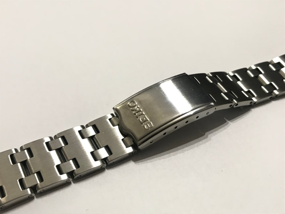 Image of NEW SEIKO 19MM STAINLESS STEEL GENTS WATCH STRAP (SS-7)