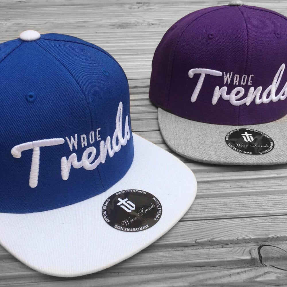 Image of SIGNATURE SNAPBACK • PURPLE & ROYAL