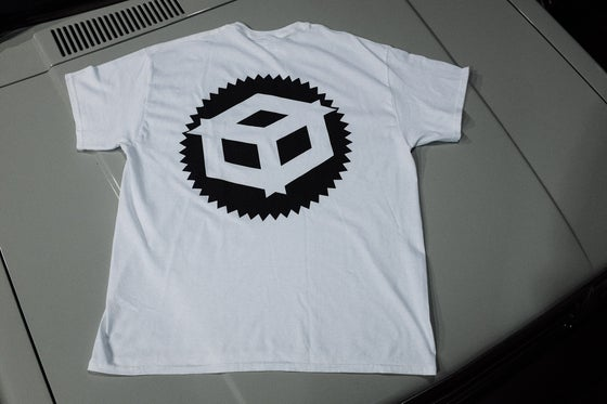 "Image of Juicebox ""Badge"" T-shirt"