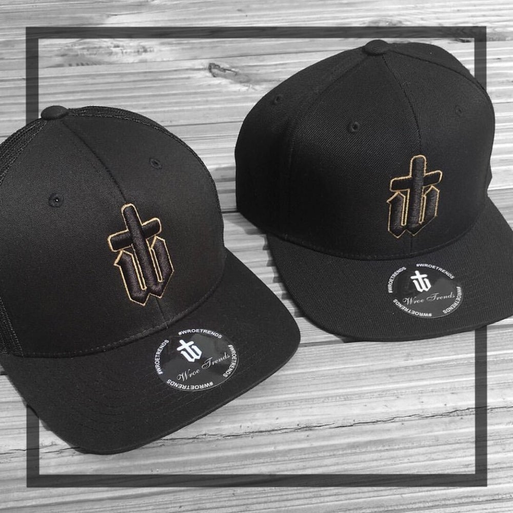 Image of CLASSIC SNAPBACK/ TRUCKER/ BASEBALL • BLACK & GOLD