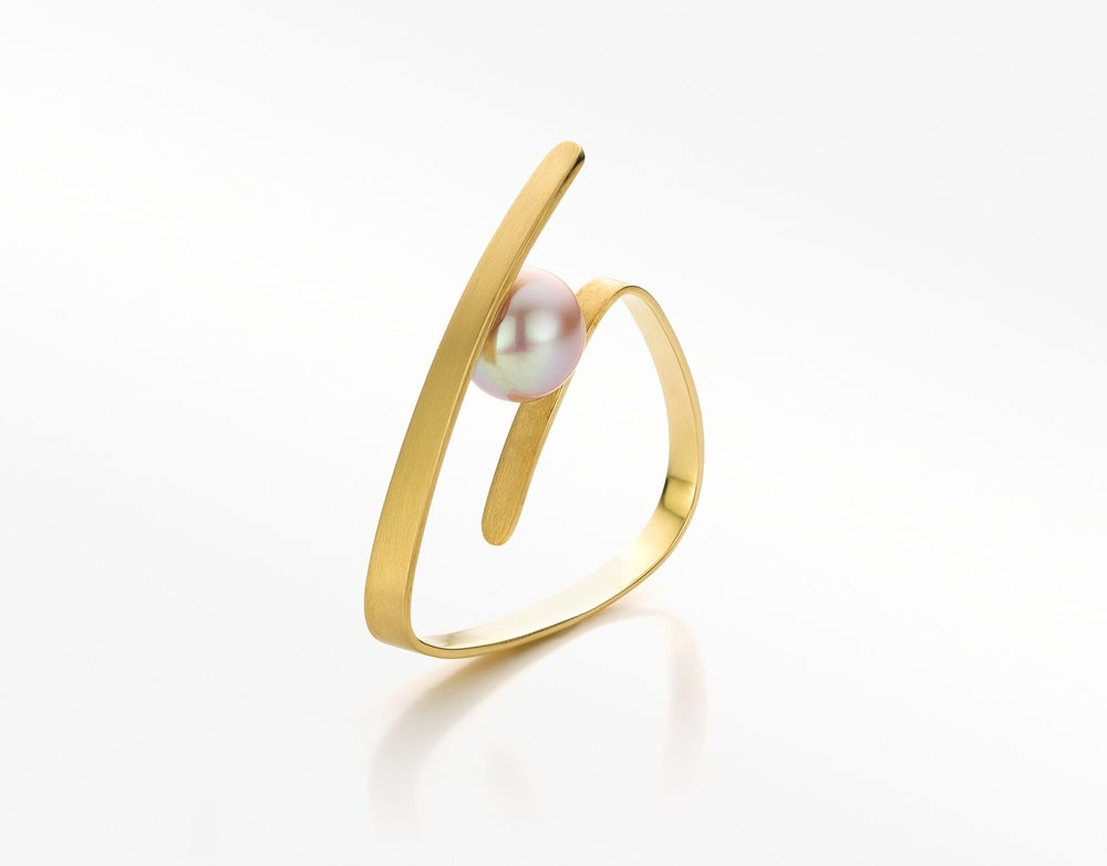 Image of Pure Line ring gold pink pearl - ring in geelgoud met roze parel