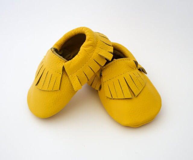 Image of Moccs cuir franges jaune