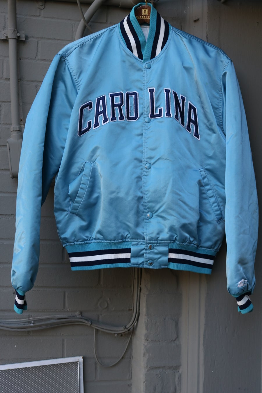 "Image of Rare 80's Vintage Starter ""North Carolina Tarheels (UNC)"" Satin Bomber Jacket Sz: LARGE"