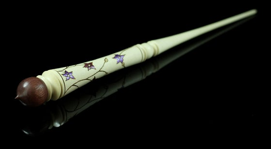 Image of Wand spindle in purpleheart and holly