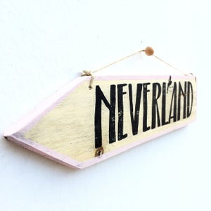 Image of Cartel flecha Neverland