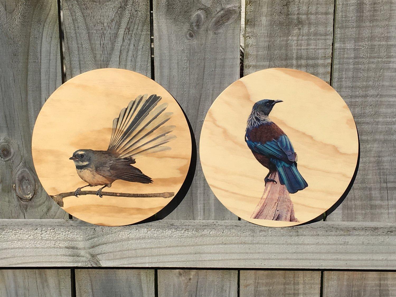 Image of Birds Round