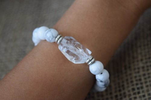 Image of Clear Crystal Howlite