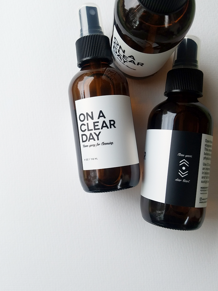 Image of ON A CLEAR DAY, Aromatic spray for Cleansing