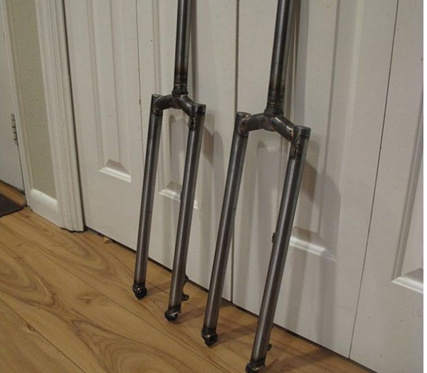 Image of 1.2/.8 x 28.6 fork blades for segmented forks (pair)