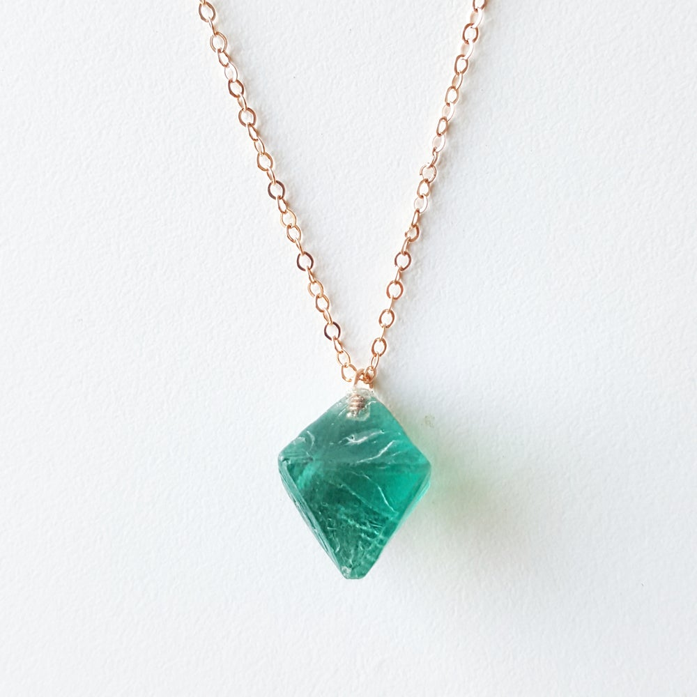 Image of Blue Fluorite on Rose Gold
