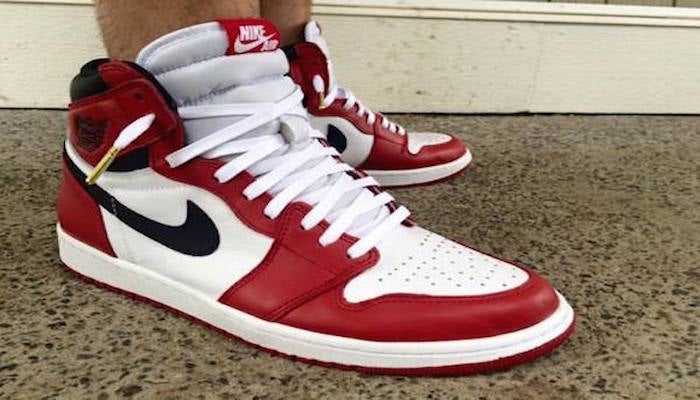 Royaume-Uni disponibilité 0228e 9b481 Nike Air Jordan 1 Chicago CUSTOM (MADE TO ORDER AND SNEAKERS ARE PROVIDED)