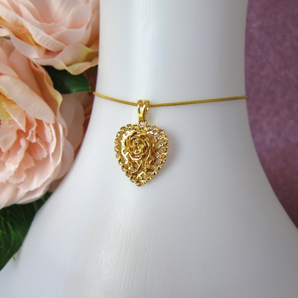 Image of Vanity Fair necklace