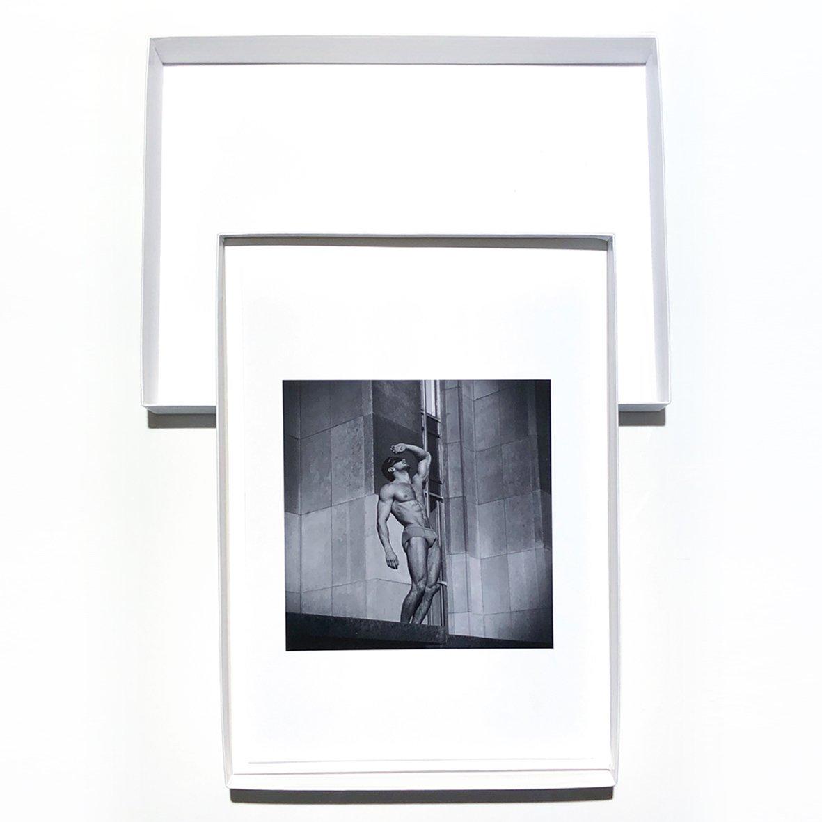 Image of VERY WHITE BOX