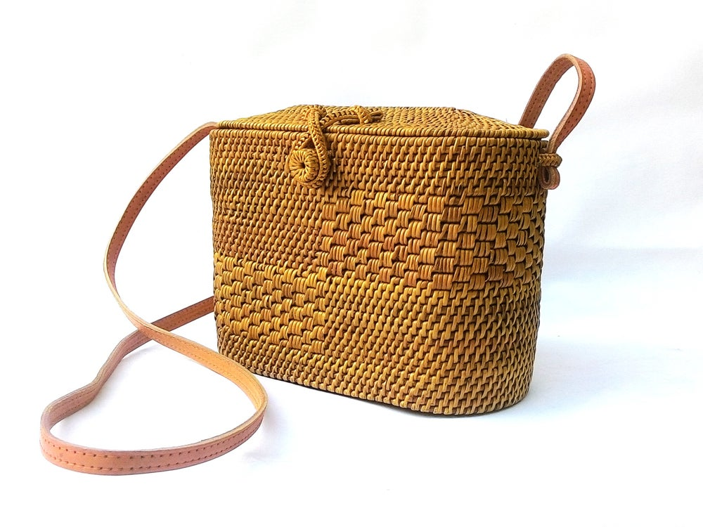 Image Of Tiny Handbags Made With Rattan Straws Bloggers Fave