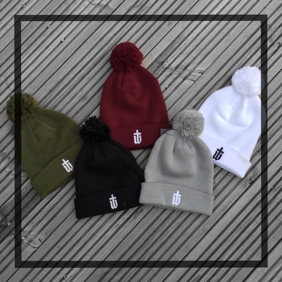 Image of WOOLLY BOBBLE HATS