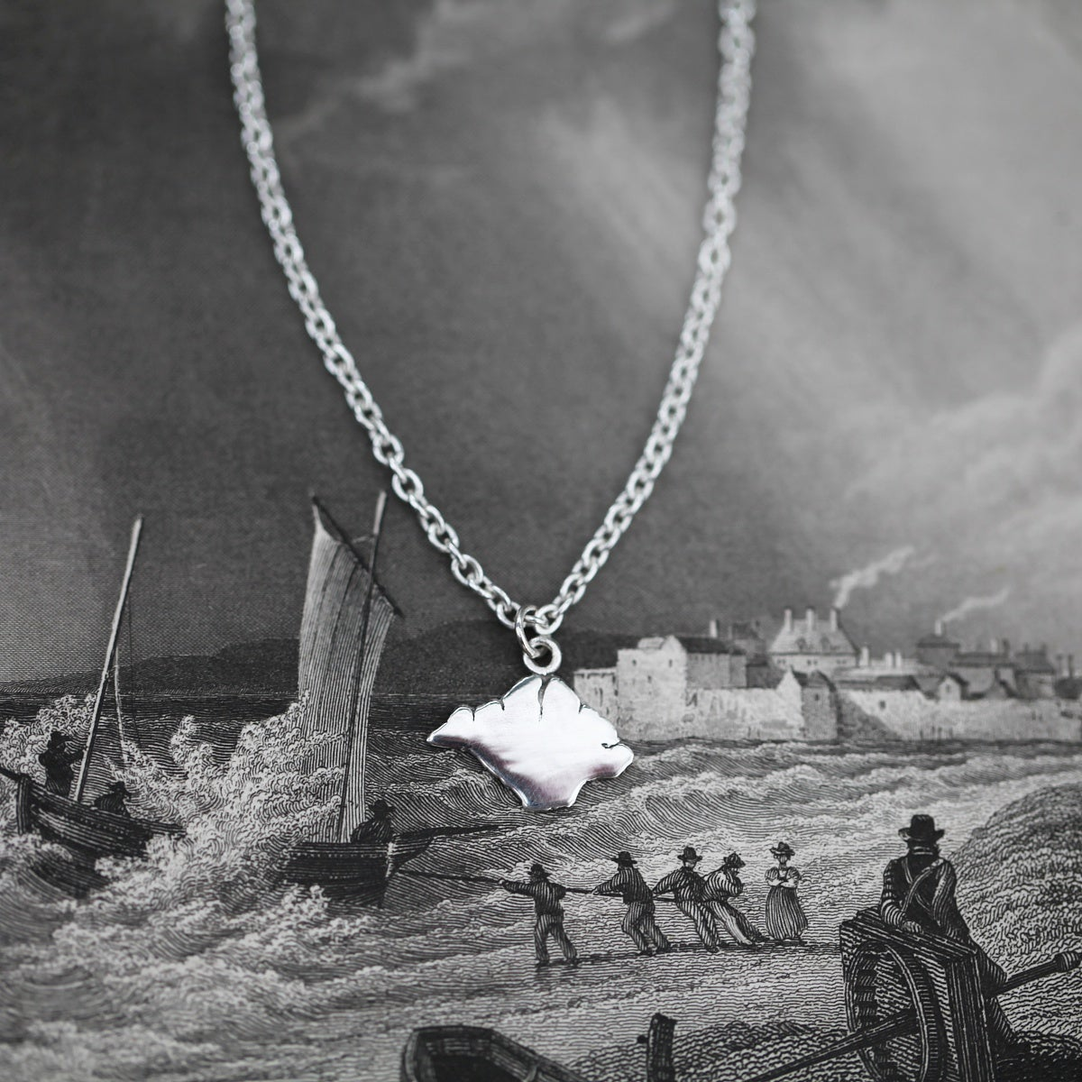 Image of Men's Isle of Wight necklace
