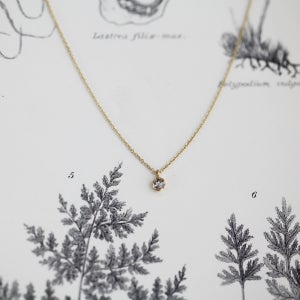 Image of 18ct gold, little 3mm rose cut diamond necklace