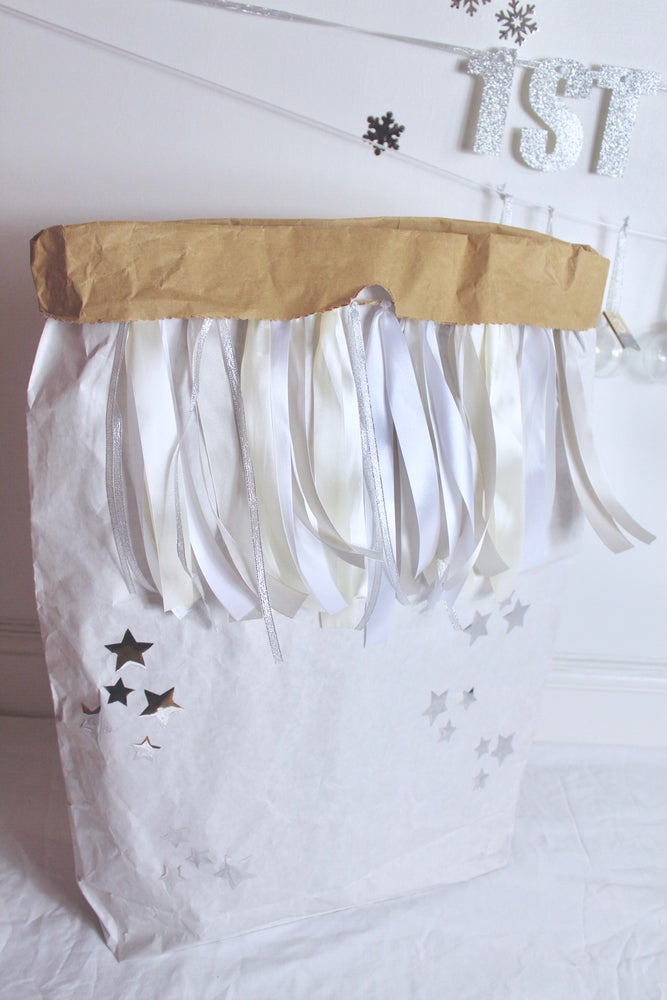 Image of Festive ribbon and star paper sack