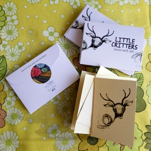 "Image of ""Little Critters"" Note Cards - Set of 4"