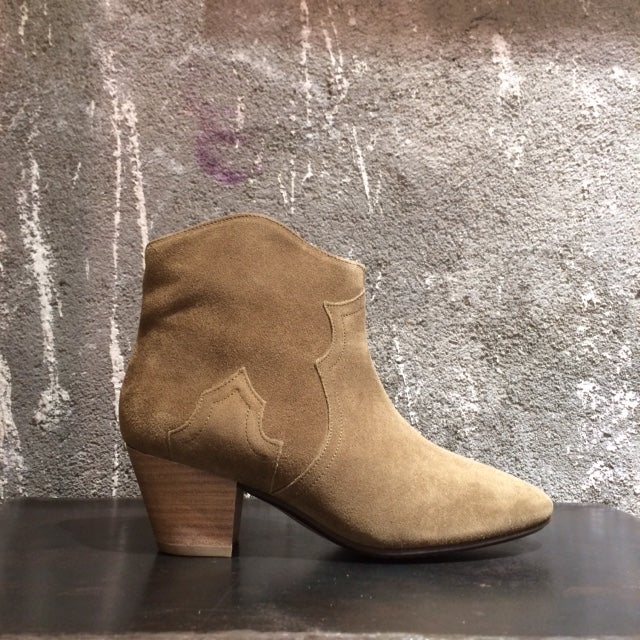 Image of ISABEL MARANT - Bottines en daim Dicker Brown