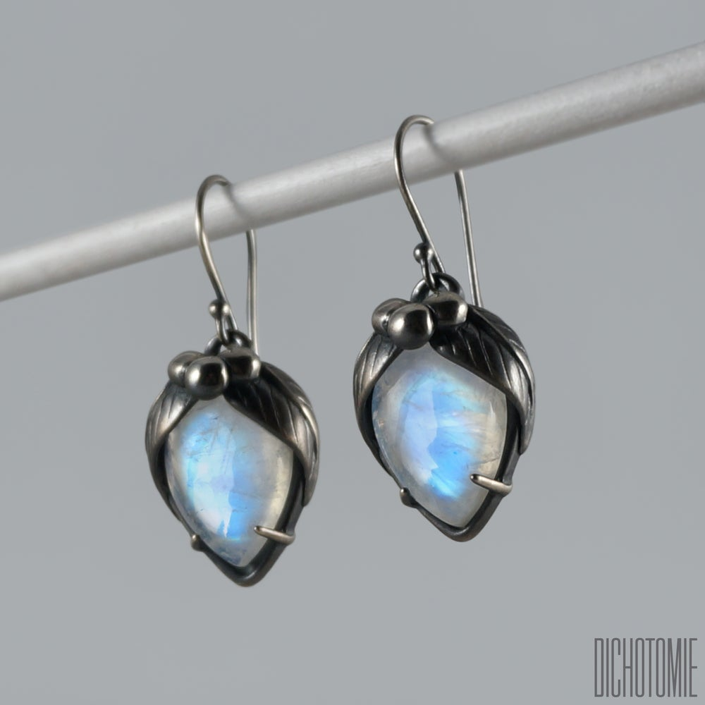 Image of La Belladonna Earrings Rainbow Moonstone